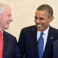 """מימין: נשיא ארה""""ב לשעבר ג'ורג' וו. בוש, הנשיא ברק אובמה, ביל קלינטון וג'ימי קרטר. צילום: הבית הלבן"""