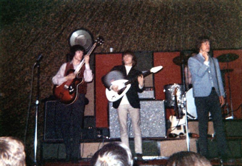 הרולינג סטונס בהופעה בשנת 1965. צילום: Kevin Delaney