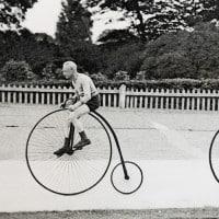 מתאמנים על אופני פני-פרת'ינג. צילום: גטי אימג׳ס
