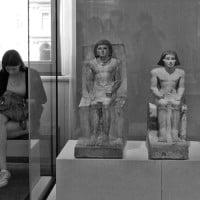 אנשים במוזיאון
