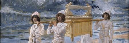 ארון הברית עובר את נהר הירדן. ג'יימס ז'אק טיסו (ציור בין 1896 ו-1902)