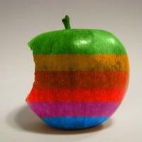 תפוח בצורת הלוגו של אפל