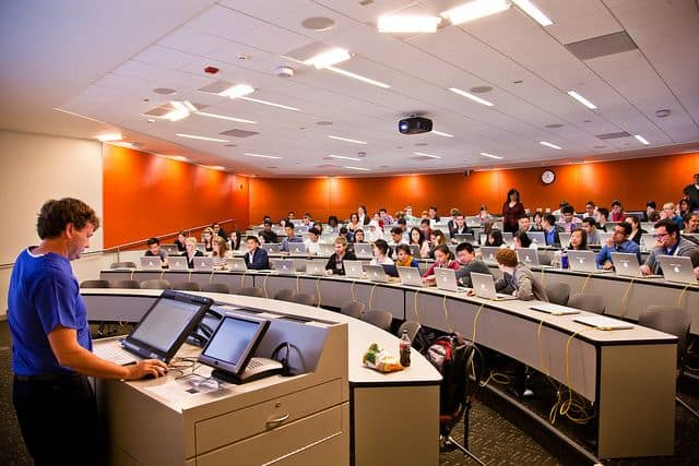 אולם הרצאות, סטנפורד, מחשבי מק