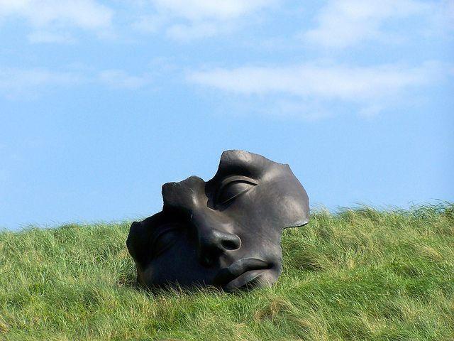 פסל של פנים