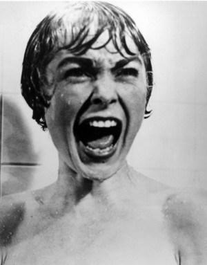 """סצנת המקלחת המפורסמת בסרטו של אלפרד היצ'קוק """"פסיכו"""""""