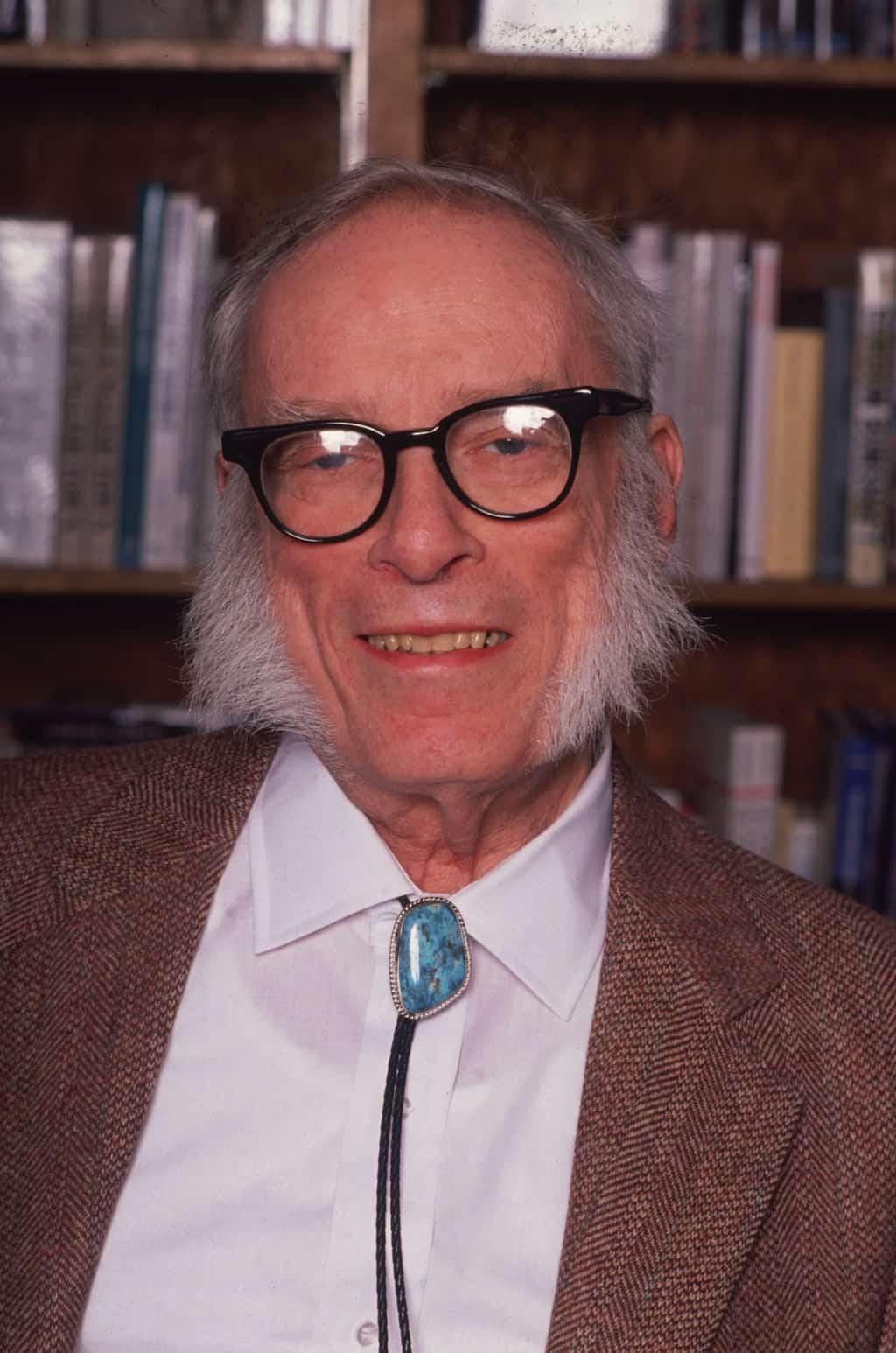 """יצחק אסימוב ב-1991. צילום: פרנק קפרי, """"האלטון"""""""