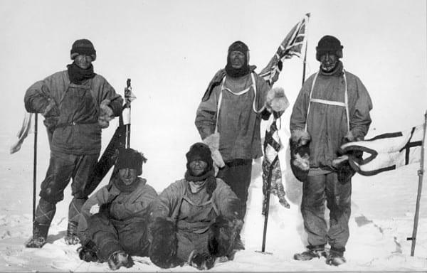 חמשת חברי המשלחת של רוברט סקוט בקוטב הדרומי, 18 בינואר 1912