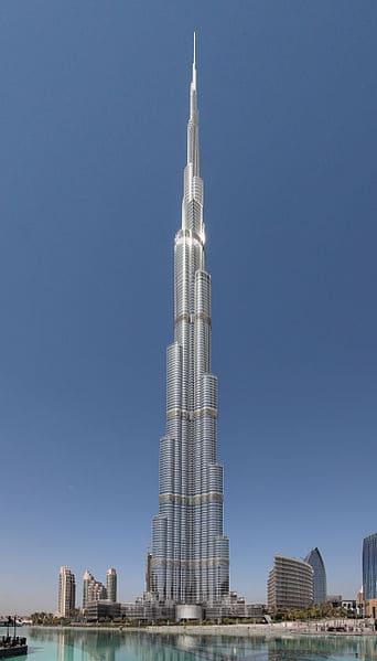 בורג' ח'ליפה, הבניין הגבוה בעולם בדובאי, המתנשא לגובה 828 מטרים. צילום: Donaldytong