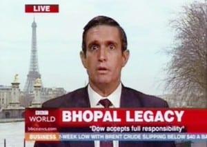 אנדי ביכלבאום מתראיין כג'וד פיניסטרה ב-BBC