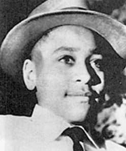 אמט טיל, שנרצח בלינץ׳ במיסיסיפי לאחר שלכאורה פלרטט עם אישה לבנה.