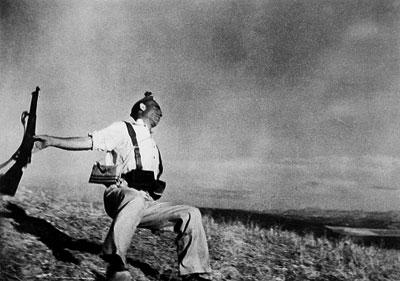 ״החייל הנופל״ שצילם רוברט קאפה באמצעות גרף סטטיסטי
