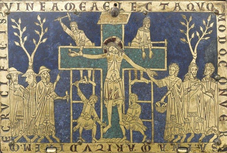 ישו הצלוב על ארון מתים מסביבות 1170. משמאלו שלושה יהודים שמסייעים לצולבים