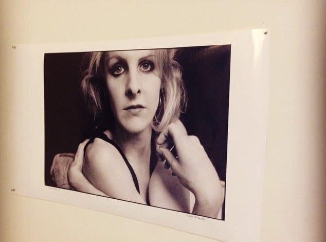 דיוקן של גריר לנקטון מתוך תערוכת הרטרוספקטיבה לעבודתה בניו יורק, 2014. צילם: קורט