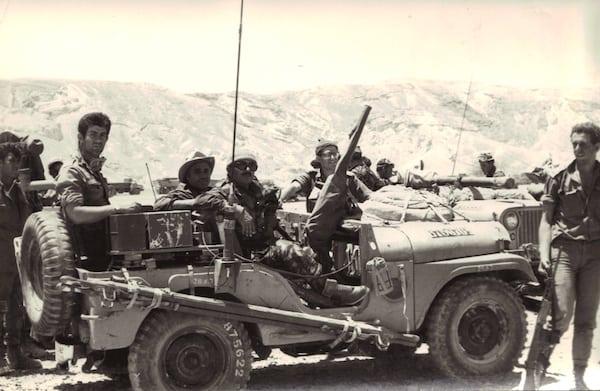 חיילי סיירת שקד בסיני, מלחמת ששת הימים. צילום באדיבות רפי רוגל