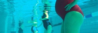 נשים בהיריון בבריכה