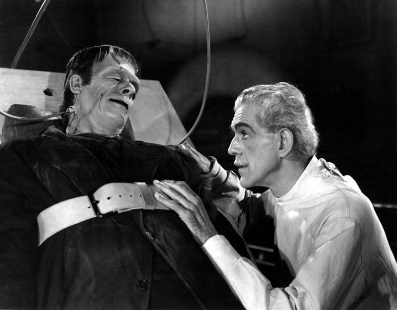 קולין קלייד ובוריס קרלוף בסרט ״פנקנשטיין״ משנת 1931.