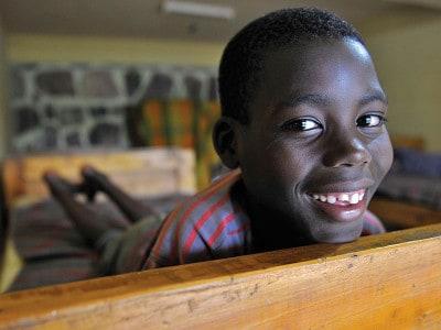 נולד שנה לאחר רצח העם ברואנדה