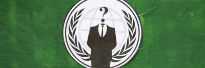 """דגל החליפה ללא ראש, """"אנונימוס"""""""