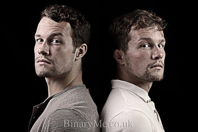 האחים מירנס תאומים זהים