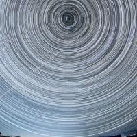 התנועה היומית של גרמי השמיים בצפון מונגוליה.