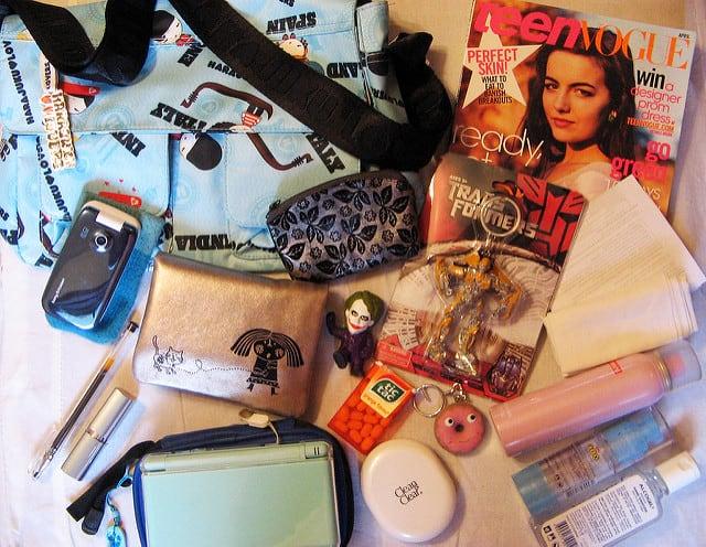 תיק של נערה אמריקנית עם Teen Vogue