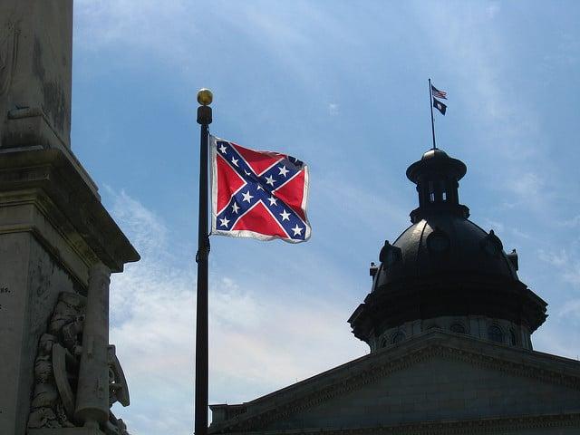 דגל הקונפדרציה בבירת דרום קרוליינה