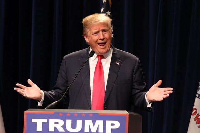 דונלד טראמפ בפני קהל
