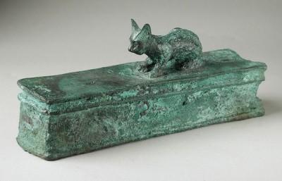 חתלתול על קופסה, מצרים העתיקה