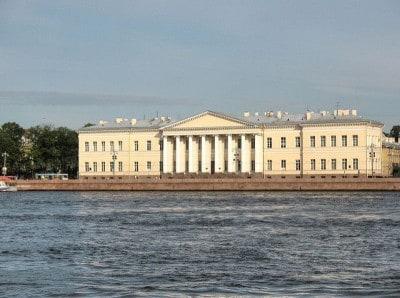 האקדמיה למדעים, פטרבורג
