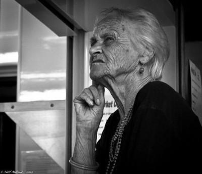 אישה זקנה, דמנציה