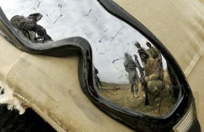 """חיילים עיראקיים באימונים עם מדריכים מצבא ארה""""ב, מוסול"""