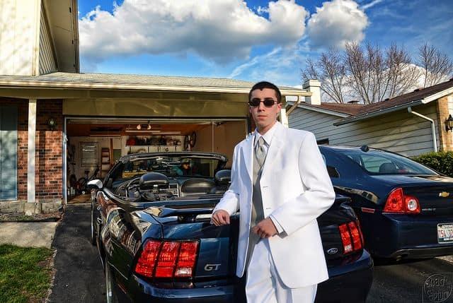 מתבגר אמריקני, prom, חליפה, מכונית ספורט