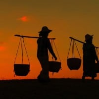 מיאנמר, בורמה, תלם, נושאים בעול