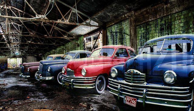 דטרויט, מפעלי רכב, מכוניות, פקארד
