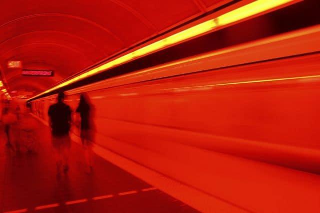 רכבת תחתית, מנהרה