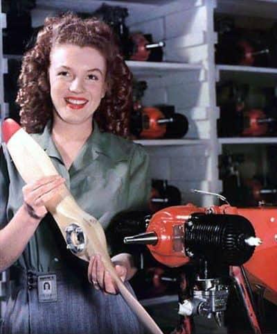 """מרילין מונרו, מפעל, פועלת, צבא ארה""""ב"""