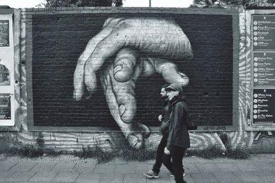חומת ברלין, גרפיטי, חירות