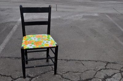 כיסא צבעוני