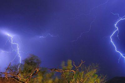 ברק, סערה