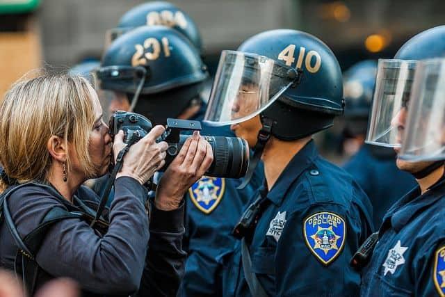 אוקלנד, הפגנה, פיזור הפגנות