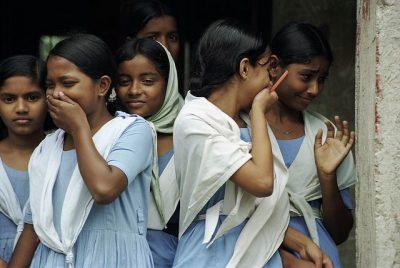צחוק, תלמידות, בנגלדש