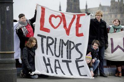 אקטיביזם, love trumps hate