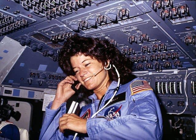 """סאלי רייד, צ'לנג'ר, מעבורת חלל, נאס""""א, אסטרונאוטית"""