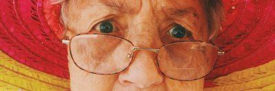 אישה זקנה, סבתא