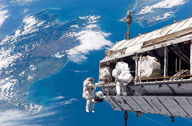 """תחנת החלל הבינלאומית, נאס""""א"""