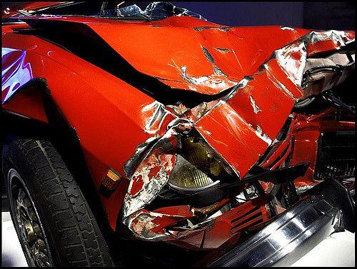 תאונת דרכים, מכונית מרוסקת