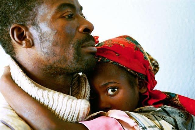 בית חולים, מוזמביק, אב ובתו