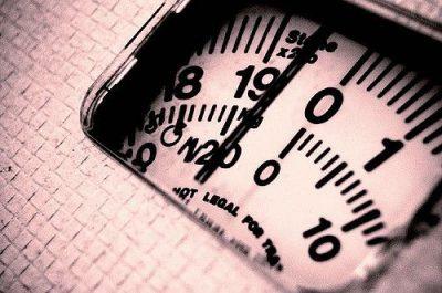 משקל, מאזניים