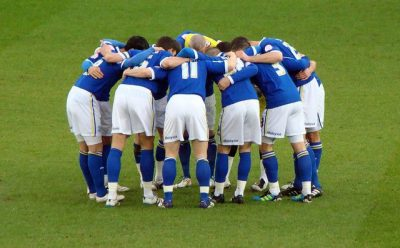 huddle, חיבוק, קבוצה, השתייכות, כדורגל