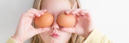 ילדה, ביצים, עיניים